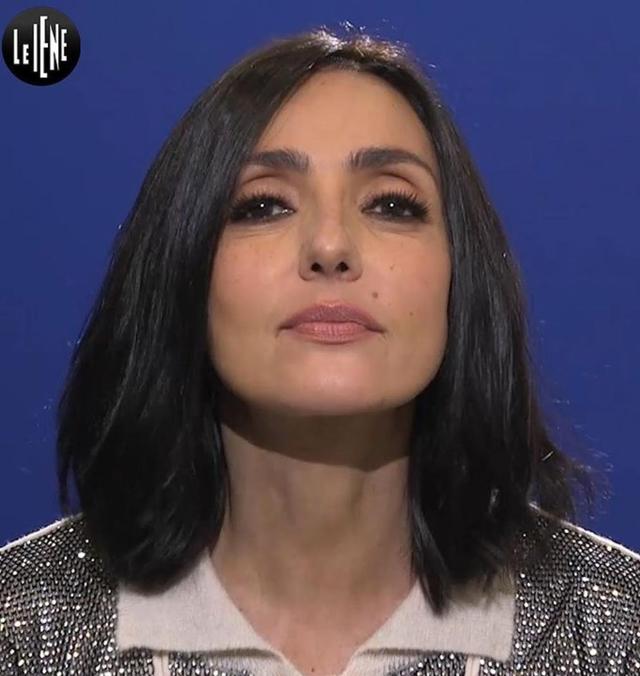 Ambra Angiolini: 'Deformata dalla bulimia, non ero rifatta, erano i succhi gastrici'