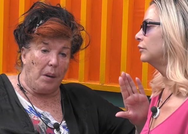 L'amicizia tra Patrizia De Blanck, 80 anni, e Stefania Orlando, 53, sembra essersi rotta definitivamente