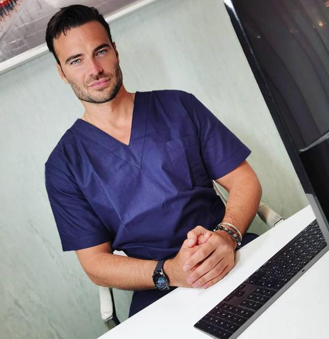 Giulio Berruti tra un film e l'altro torna a fare il dentista: ecco perché