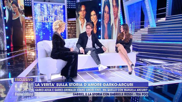 Manuela Arcuri in tv con Gabriel Garko: 'Mi hai usata?'. La sua risposta
