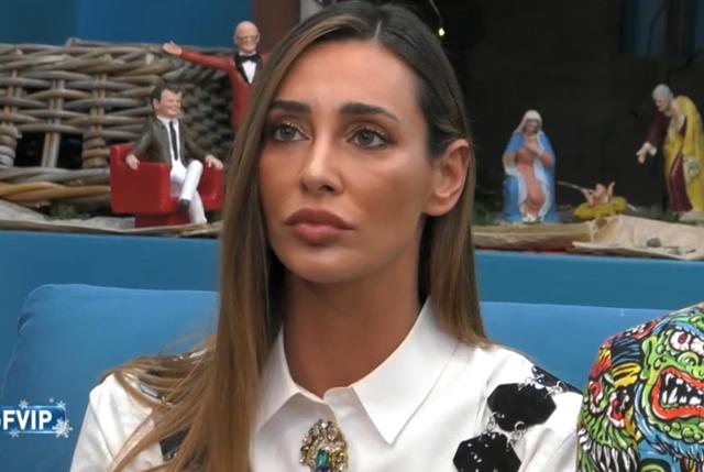 Perché Maria De Filippi ha ignorato Sonia Lorenzini al GF Vip? L'ipotesi