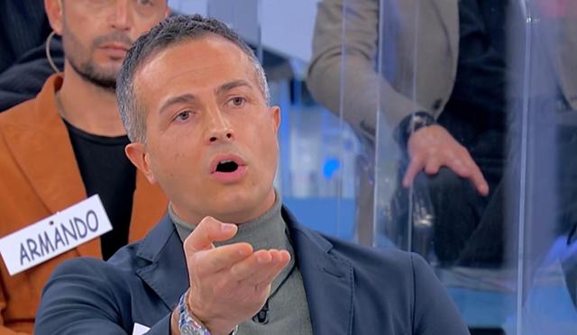 Ida Platano e Riccardo Guarnieri, volano gli stracci in tv: 'Non faceva l'amore con me'