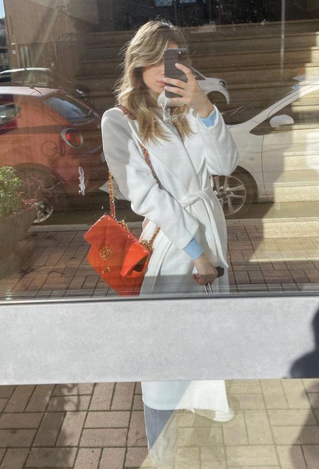 L'ex fidanzata di Zaniolo mostra il pancino: foto