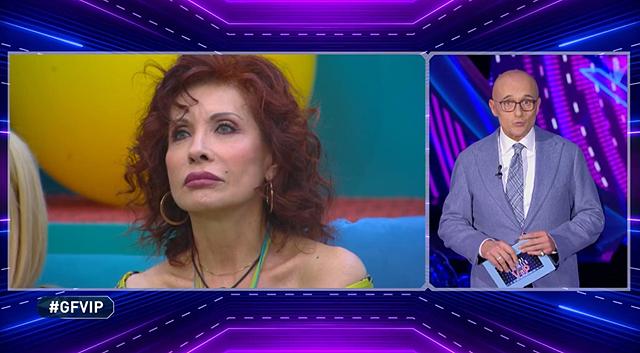 Alda D'Eusanio salvata dal televoto: l'ira di Mario Balotelli
