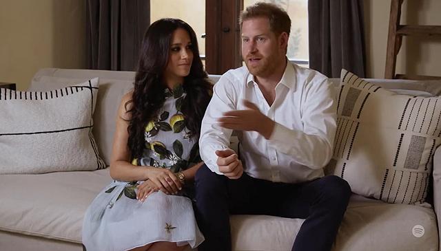Harry e Meghan hanno già una ricchezza maggiore di William e Kate e secondo un recente sondaggio condotto a livello mondiale sono non solo più amati, ma anche più famosi