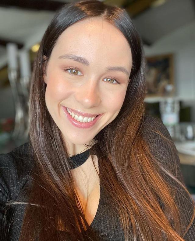 Aurora Ramazzotti: 'Avevo paura di mostrarmi com'ero, ritoccavo le foto'