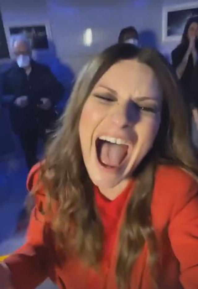 Laura Pausini vince ai Golden Globes: la reazione scatenata