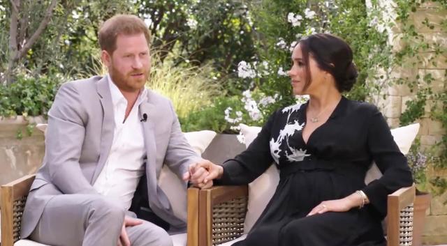 Harry ha spiegato di essere scappato dall'Inghilterra a causa della perfidia dei tabloid, che secondo lui furono corresponsabili della morte di sua madre Diana nel 1997