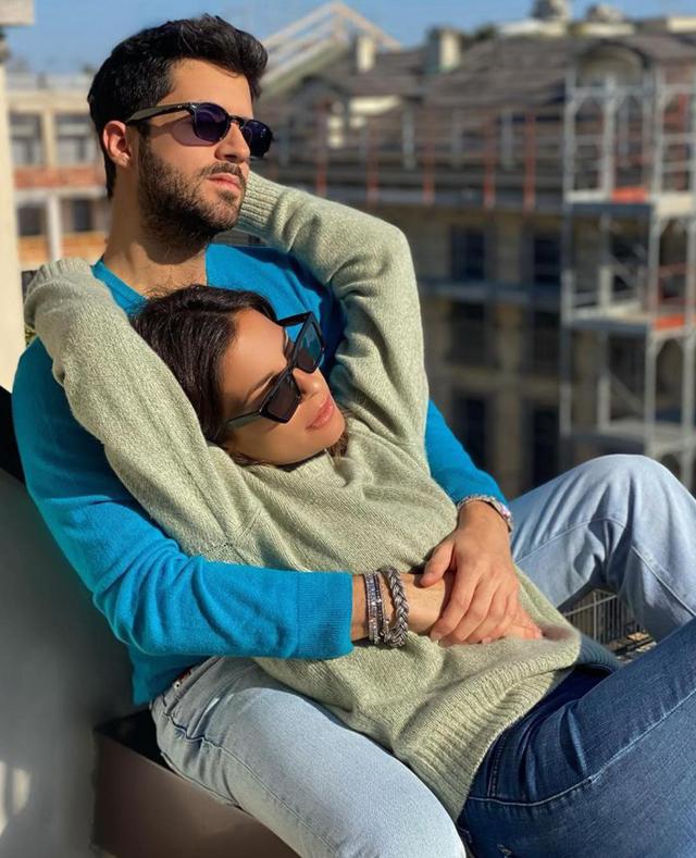 Roberta Morise, 34 anni, e Giulio Fratini, 28, ex di Raffaella Fico, sembrano proprio essere una nuova coppia: la prima foto insieme