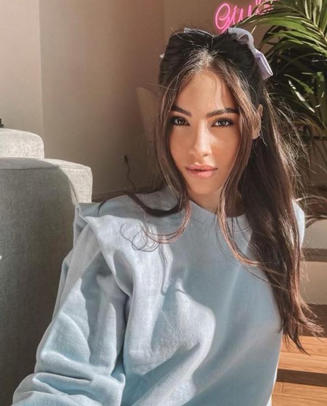 'Fatevi trovare truccate e profumate', il vademecum della fidanzata perfetta di Giulia De Lellis fa infuriare il web
