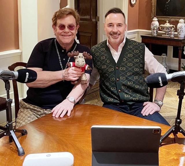 Elton John, 73 anni, e il marito David Furnish, 58, sposato nel 2014