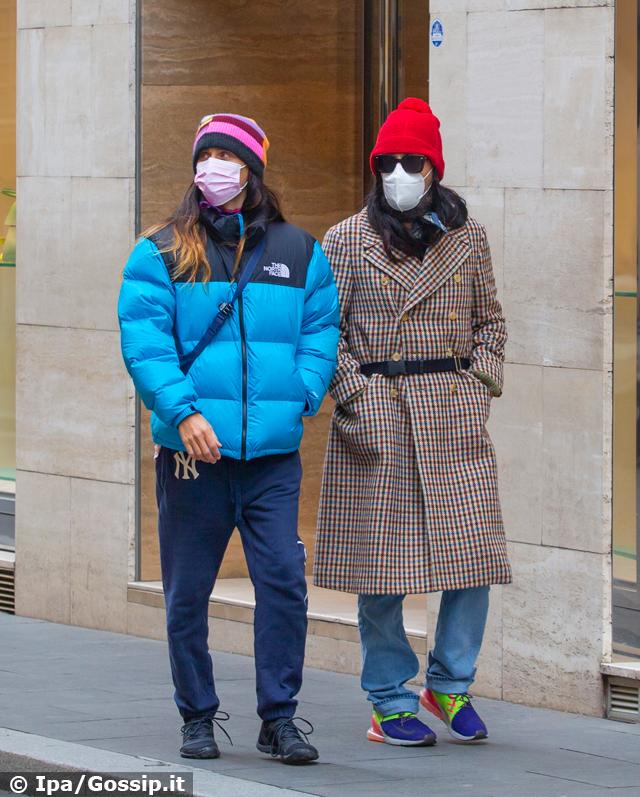Jared Leto a Roma per 'House of Gucci' passeggia in centro: foto