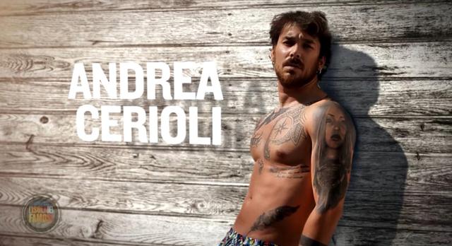 Il sexy Andrea Cerioli nuovo naufrago dell'Isola dei Famosi: ecco chi è