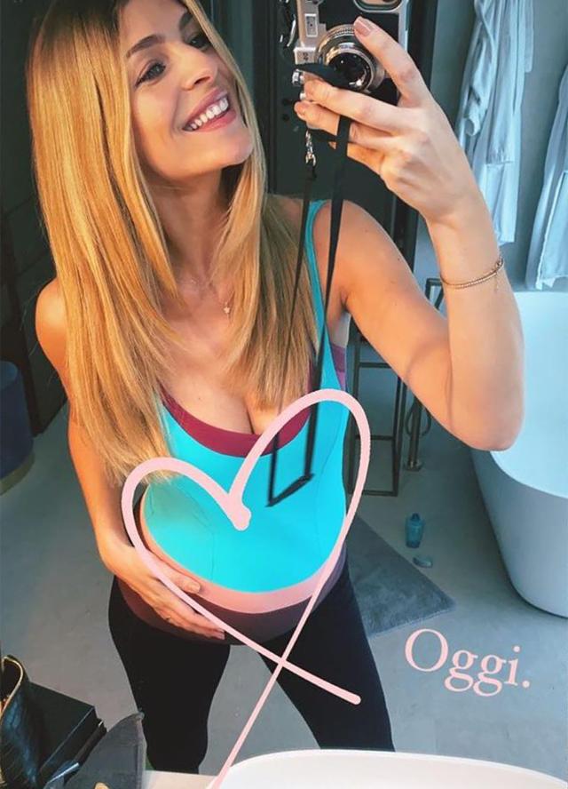 Cristina Chiabotto svela il pancione di 34 settimane: ecco quanti chili ha preso finora