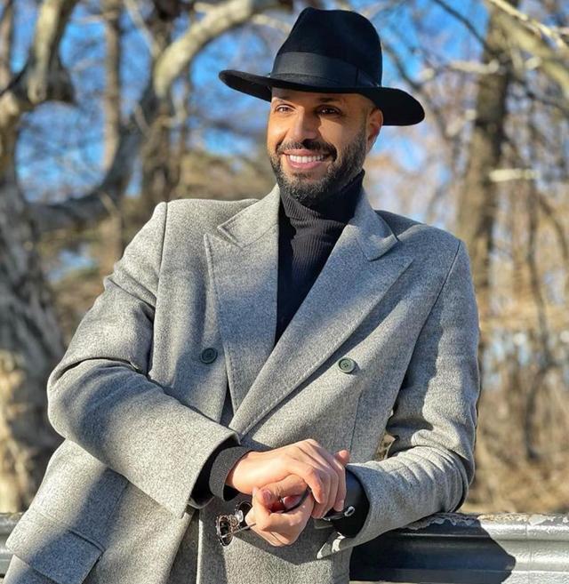 Jonathan Kashanian: 'Ecco perché indosso sempre il cappello'