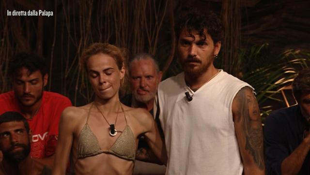 Drusilla Gucci troppo magra, costretta a lasciare l'Isola: 'Peso 43 chili, non ce la faccio'
