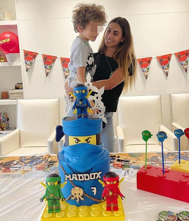 Melissa Satta e l'ex marito Boateng di nuovo insieme per il compleanno del figlio: foto