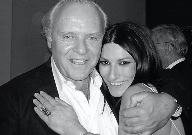 Laura nel 2003 con Anthony Hopkins