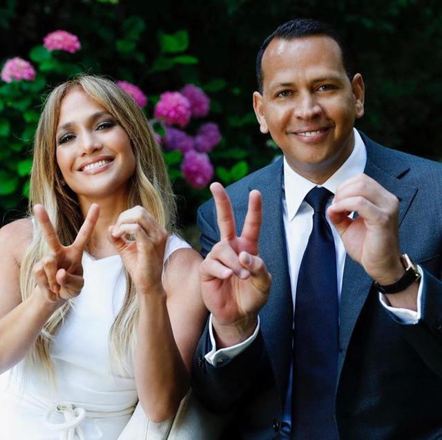 Jennifer Lopez, 51 anni, e Alex Rodriguez, 45, si sono lasciati da poche settimane: lei avrebbe perso la fiducia nell'ex giocatore di baseball