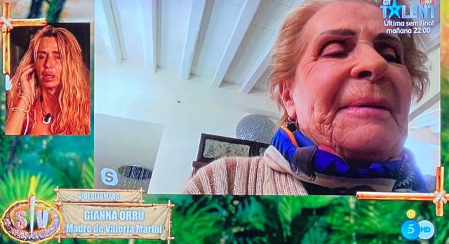 Valeria Marini in lacrime a Supervivientes per la sorpresa della madre
