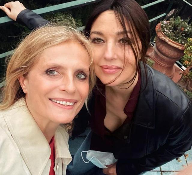 Monica Bellucci, rarissimo selfie dell'attrice sul social: guarda