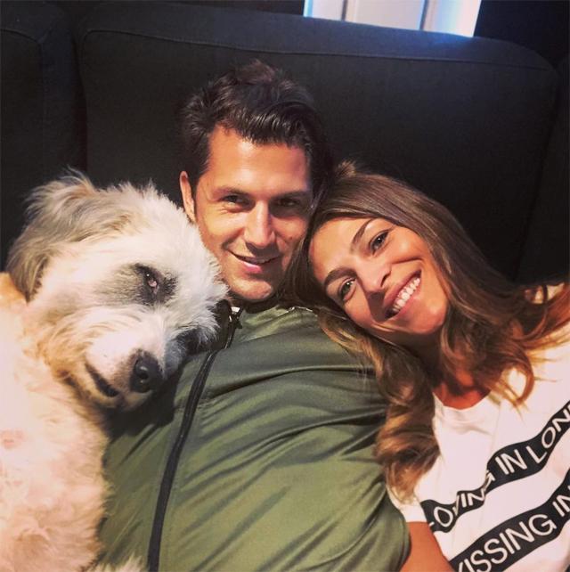 Cristina insieme al marito Marco Roscio e al loro cane