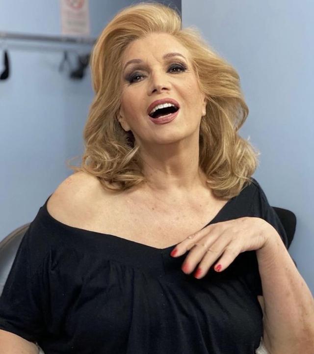 Iva Zanicchi: 'Voglio dimagrire 7 chili'' Ecco quale dieta seguirà
