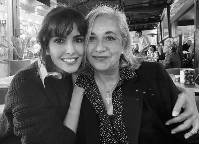 Rocìo Munoz Morales, rarissima foto con la madre sul social: guarda