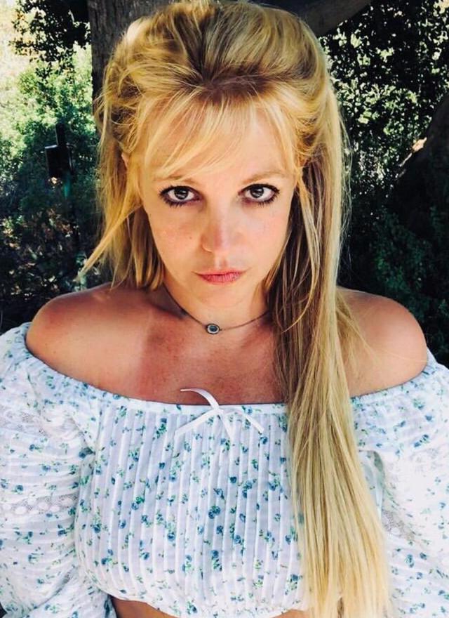 Britney Spears, 39 anni, ha affermato che le sarebbe stato impiantato un dispositivo intrauterino per non permetterle di rimanere incinta