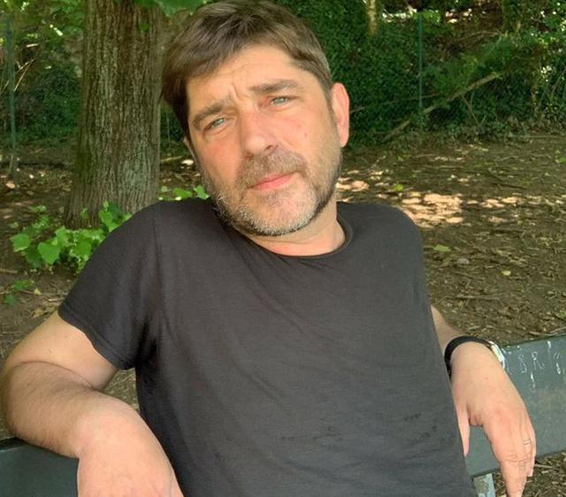 L'attore Libero De Rienzo è stato trovato morto in casa a soli 44 anni nella serata di giovedì 15 luglio, a Roma