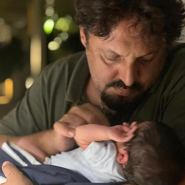 Enrico Brignano pazzo d'amore per il figlio: il comico gli dedica una poesia