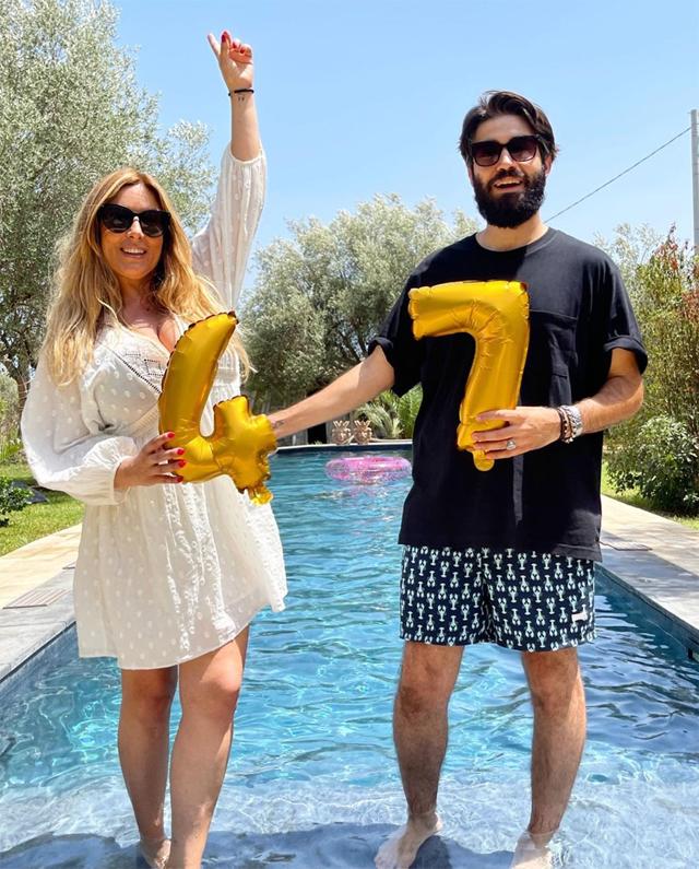 Selvaggia Lucarelli festeggia 47 anni a Noto, in Sicilia, insieme al fidanzato Lorenzo Biagiarelli, 31