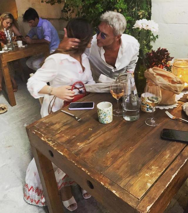 In questi giorni i due si stanno godendo una vacanza in Puglia