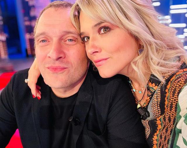 Francesca Barra e Claudio Santamaria aspettano un figlio: la giornalista in dolce attesa