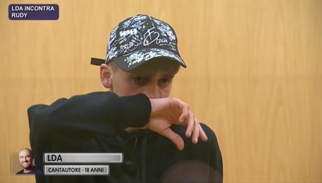Il figlio di Gigi D'Alessio in lacrime ad Amici: 'Ho un vuoto dentro'
