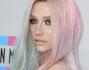 Kesha agli American Music Awards 2013