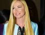 Federica Panicucci ha optato per una mise nera e azzurra per il parterre dello stilista