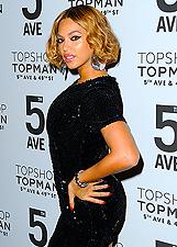 Beyonc� single per una sera inaugura Topshop a New York: le foto