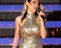 Ilary Blasi scende la scalinata di Sanremo per il Premio TV 2014