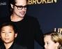 Brad Pitt con i figli Pax, Shiloh e Maddox alla prima di Unbroken