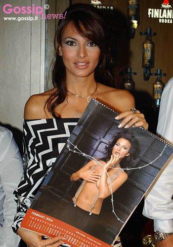 Miriana Trevisan Calendario.Presentazione Calendario Di Miriana 2004 Foto E Gossip By