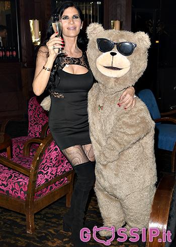Pamela Prati insieme a Ted