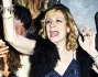 Dopo la torta si aprono le danze al compleanno di Monica Scattini
