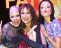 Silvia e Giulia in arte Le Donatella insieme a Vladimir Luxuria