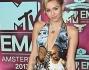 LE FOTO DI MILEY CYRUS E DELLE ALTRE STAR AGLI MTV EMA 2013