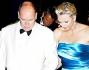 Charlene ed il Principe Alberto arrivano al Gala della Croce Rossa insieme a Carolina di Monaco