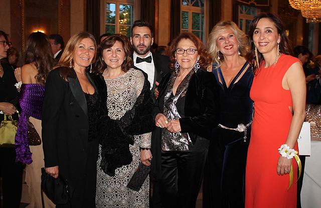 Irene Bozzi, Silvana Sipari, Jacopo Sipari di Pescasseroli, Valeria Fabrizi, Elena Aceto di Capriglia e Giorgia Giacobetti