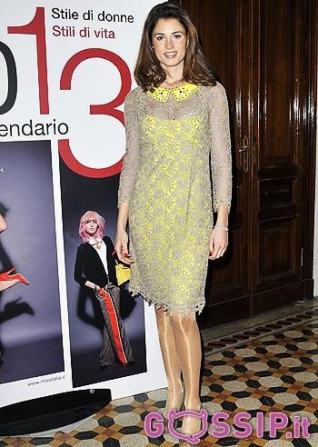 Giusy Buscemi Calendario.Giusy Buscemi Presenta Il Calendario 2013 Di Miss Italia Le