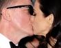 Daniel Craig e Rachel Weisz si scambiano un bacio sul red carpet