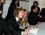 Folla di fan e curiosi alla presentazione di 'Droga' il libro de Le Iene: ecco Nadia Toffa firmare un libro insieme ad Ilary Blasi, Teo Mammucari e Matteo Viviani